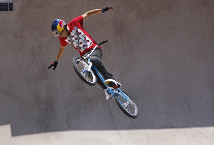 Daniel Dhers flying in BMX Freestyle Park  Final